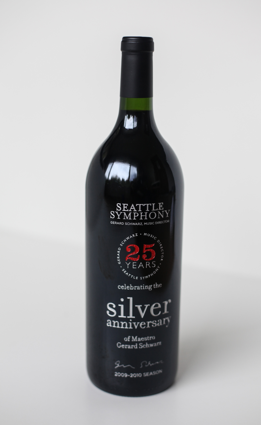 Schwarz Anniversary Wine Bottle Design